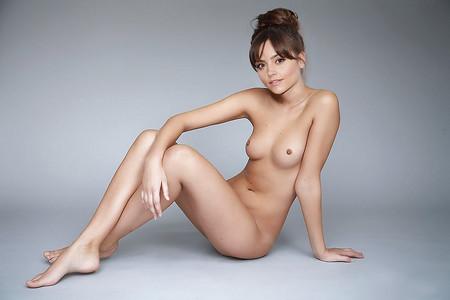 Jenna Coleman  nackt