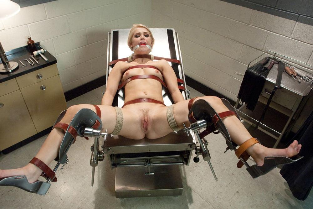 Фото женщины привязанные к гинекологическому креслу, частные фото порно галерея