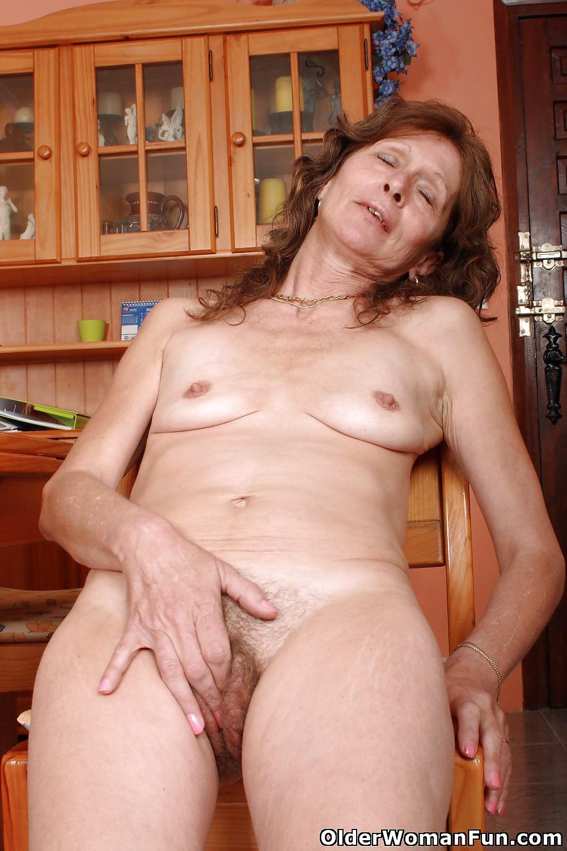 57 Year Old British Granny Vikki From Olderwomanfun - 16 -1634