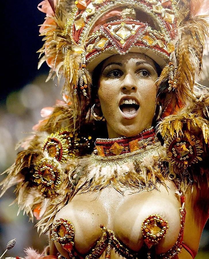 эротика карнавал бразилия общается ними