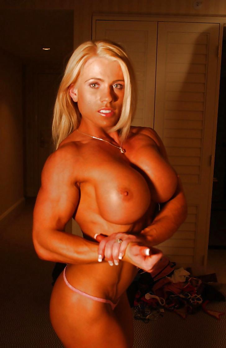 Celebrity Bodybuild Nude Woman Pic