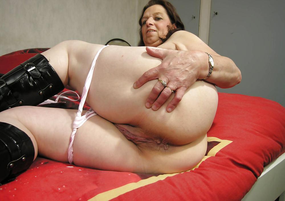 Inderin Granny Bbw Deepthroat