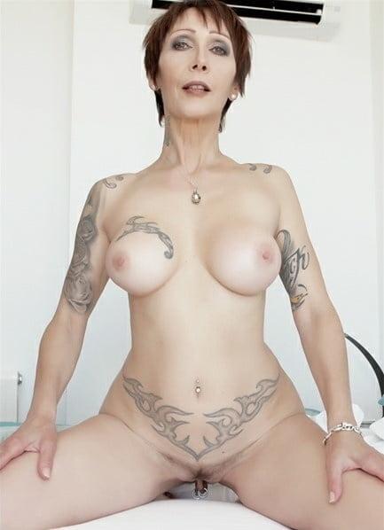 MILFs I Want 2 Fuck vol. 10 - 186 Pics