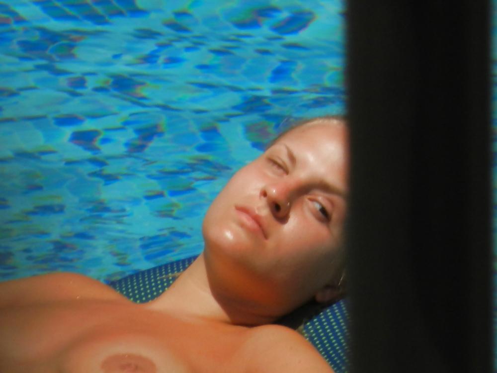 Porn amateur pool-6748