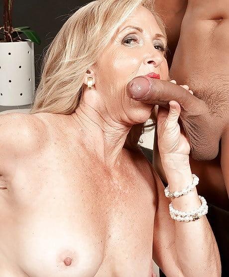 magain-girl-randi-brady-nude