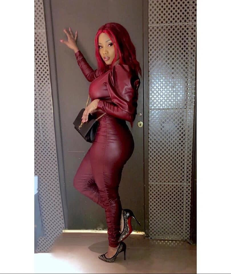 Black girl in leather porn