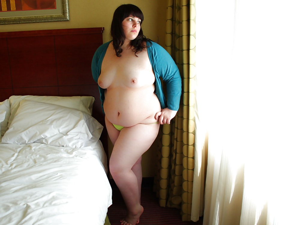 hot-sexy-young-chubby-women-torturing-wives