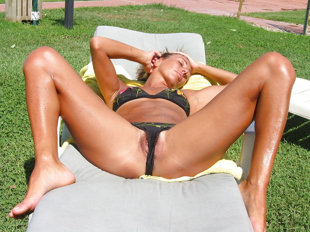 Absurd Situation Wife Selfshot Tanning Bed XXX Useful