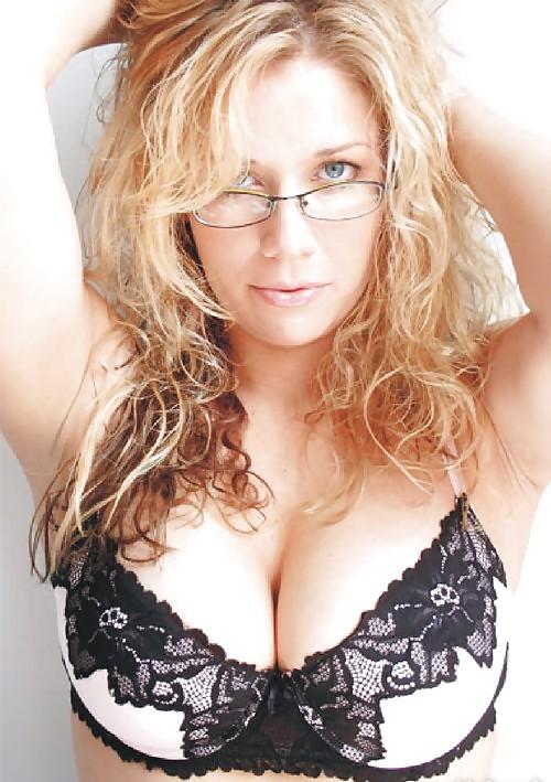 Bbw blonde milf natural tits