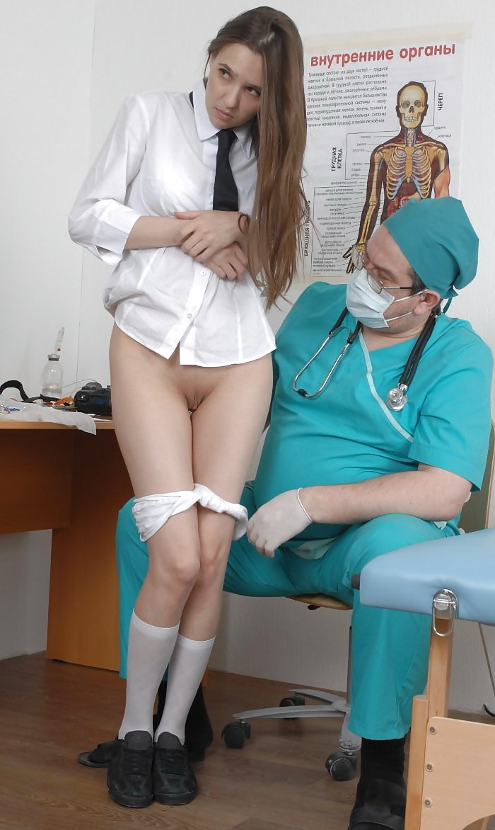 free-picture-of-kinky-girl-doctors