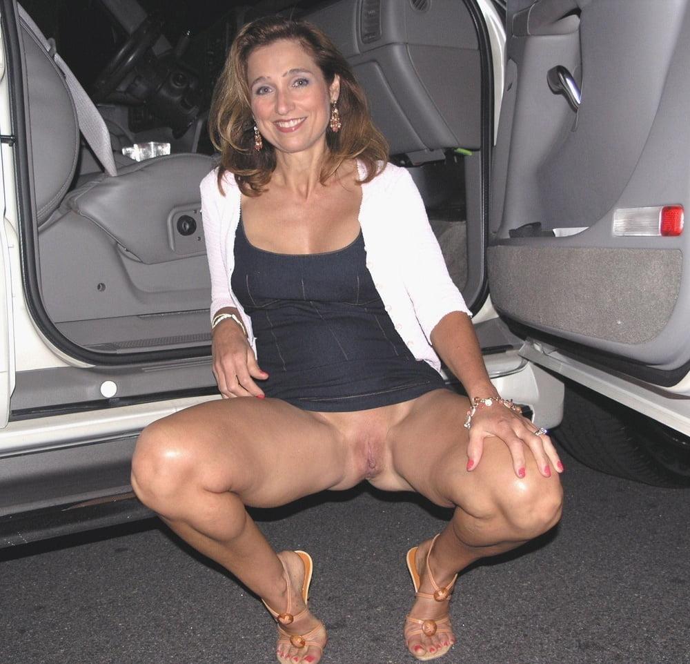 ladies-nude-no-panties