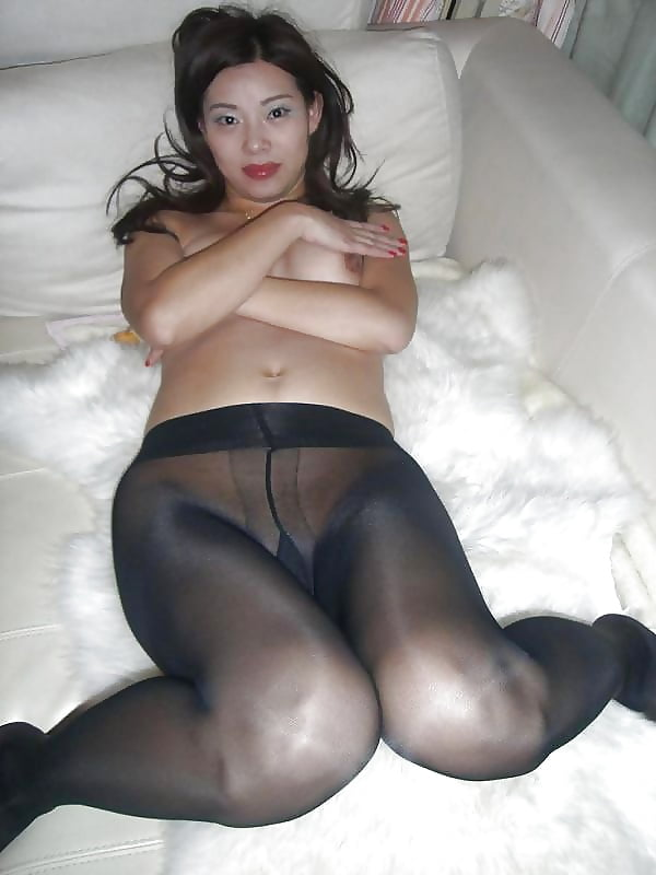 Wells sex nude chinese girls tights positions