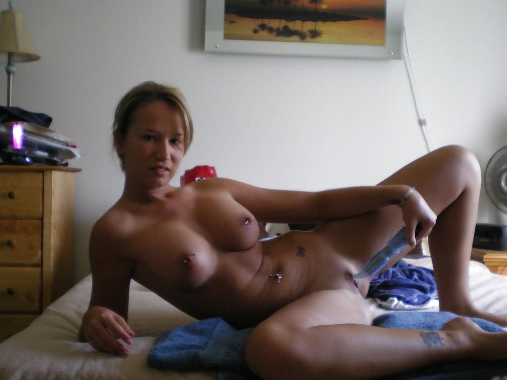 Hots Naked Military Wives Photos