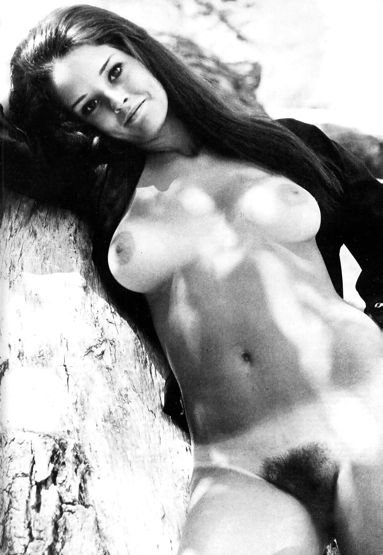 Marianne moore nude