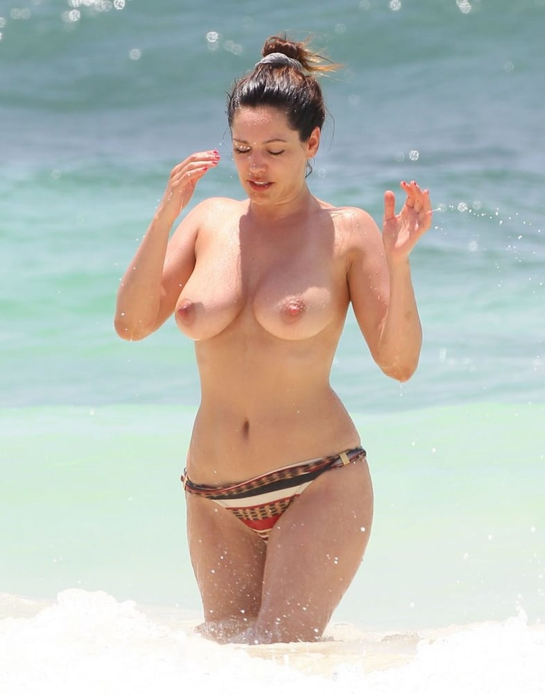Sexy bikini celebrity nude — img 8