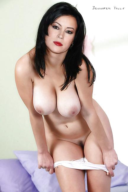 Jennifer tilly big tits