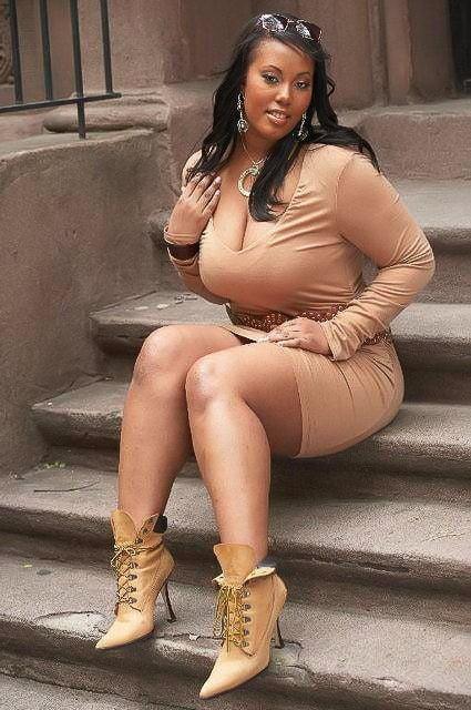black-fat-big-sexy-naked-girls-masterbating