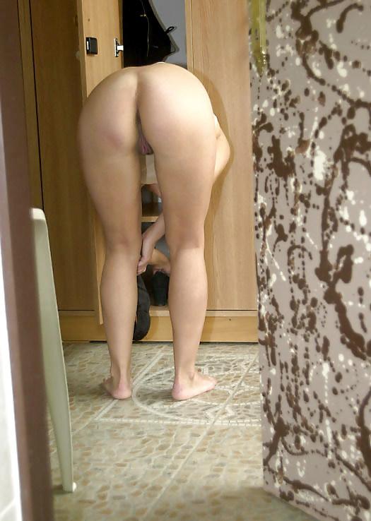 Смотреть русское порно подсматривал как соседка переодеется