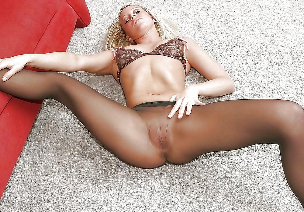 Pantyhose pussy celeb porn pics