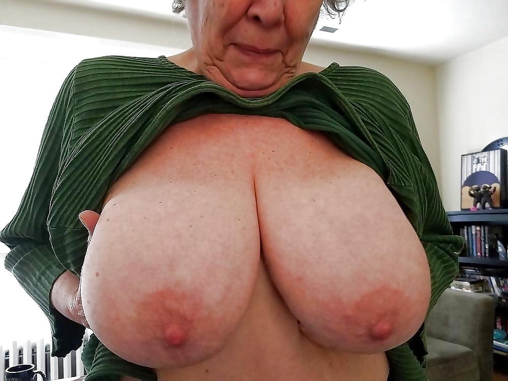 Beach girls nude big breast grannies free pics porn