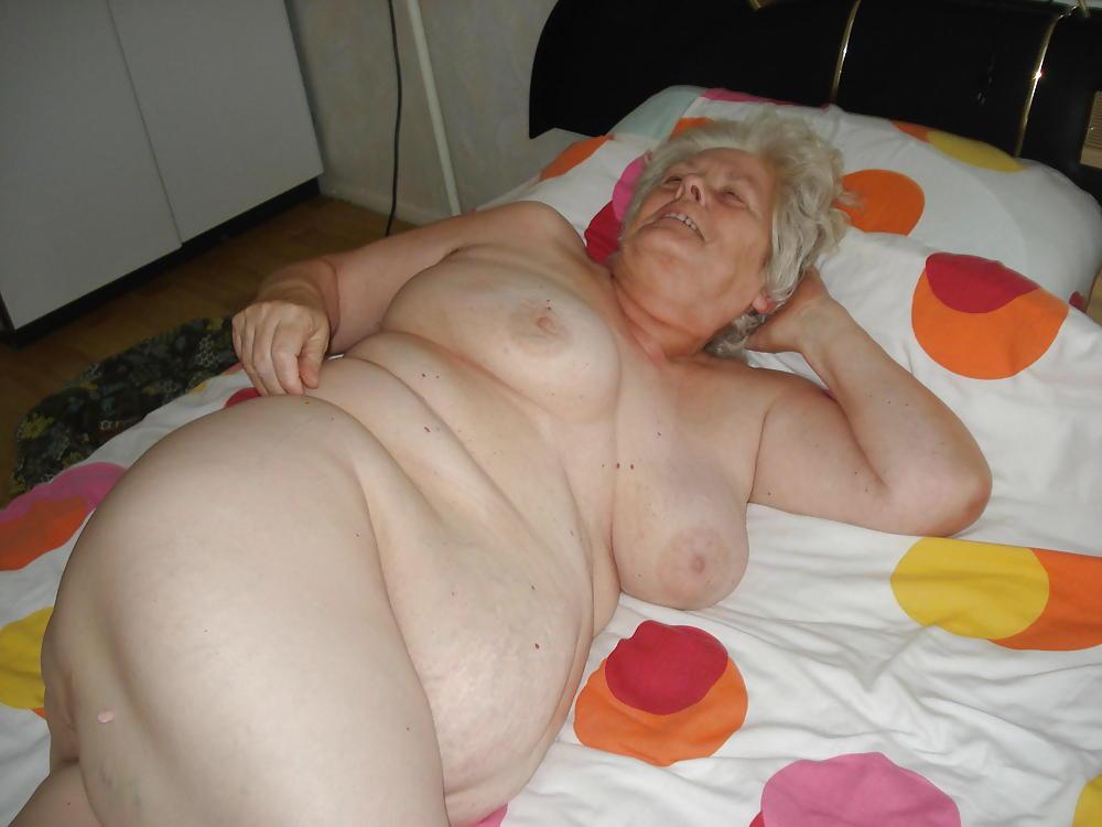 Old old fat grandmas nude