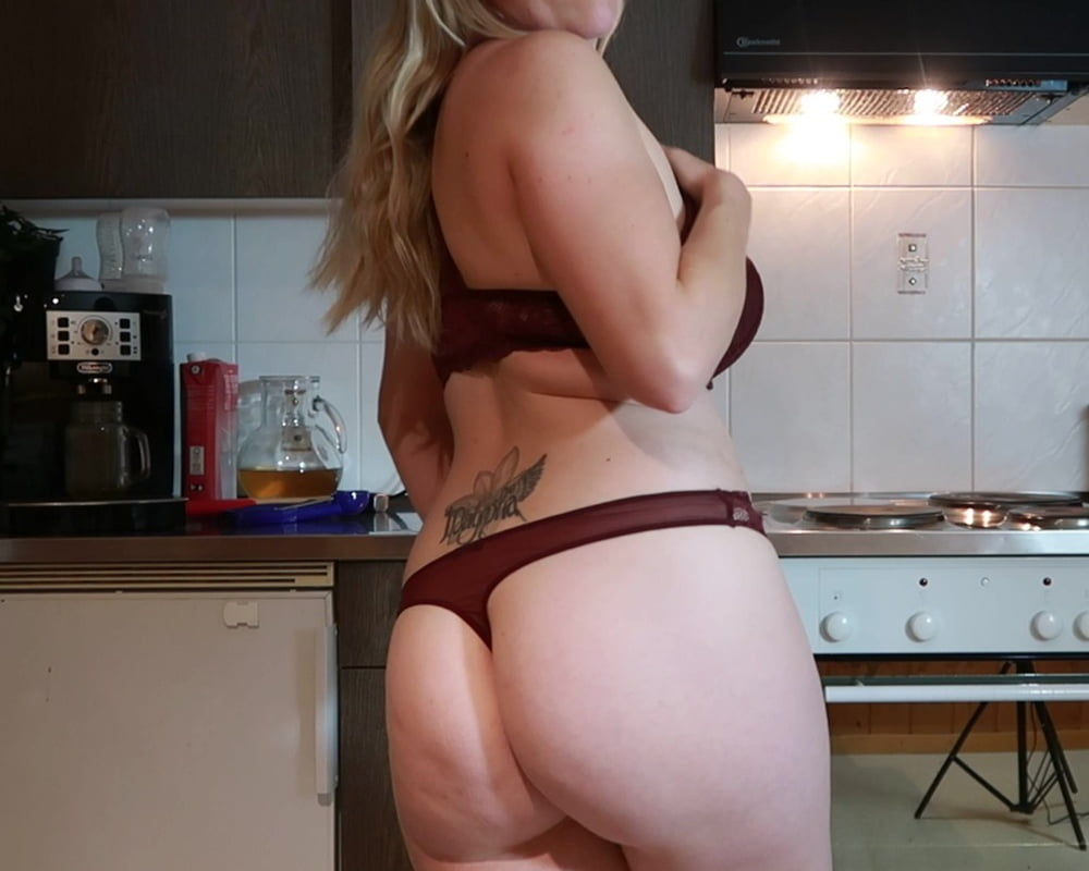 Big Ass Pawg Wife - 6 Pics