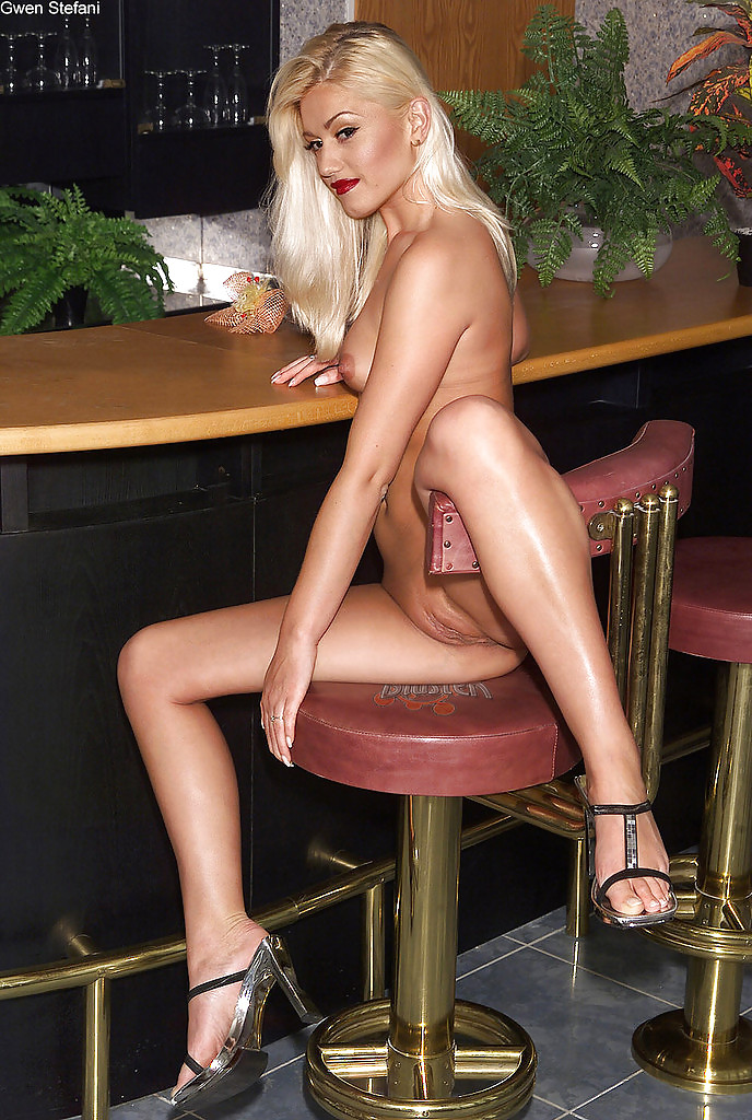 Young gwen stefani naked, wet pussy of pamela anderson