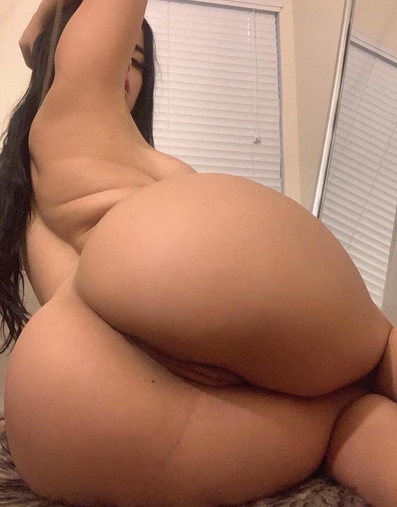 Hot and sexy BBW big boobs Queen Berry - 64 Pics