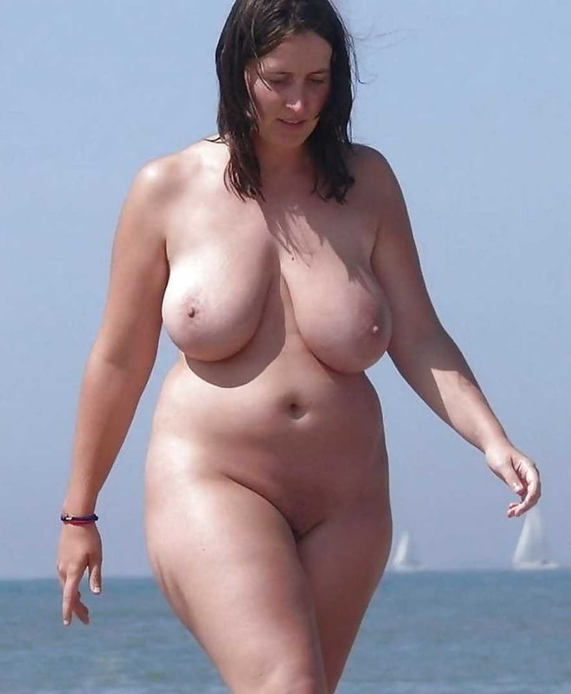 Amateur BBWs and PAWGs 68 - 25 Pics