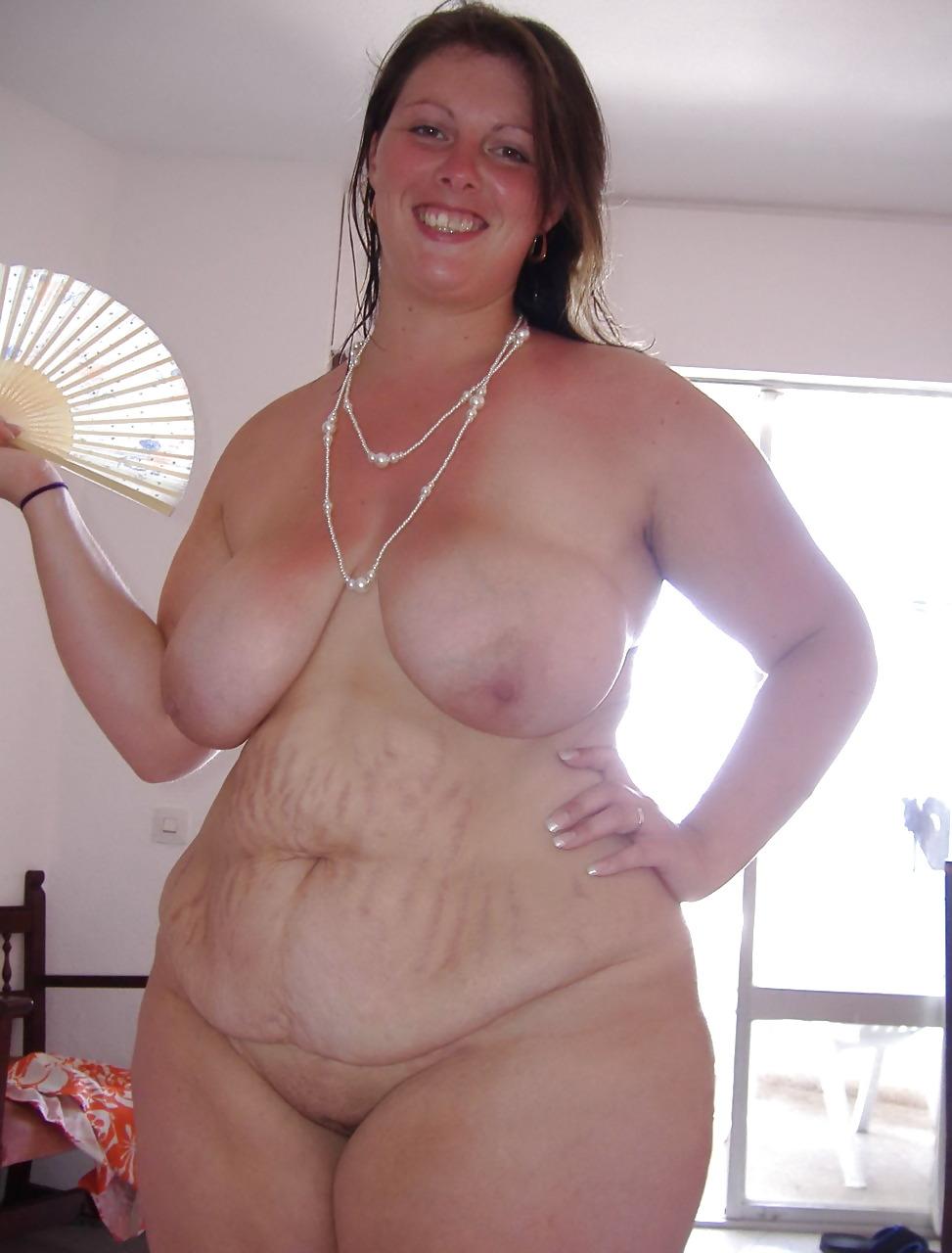 Chubby tan milf