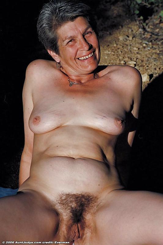 Hairy ebony granny porn