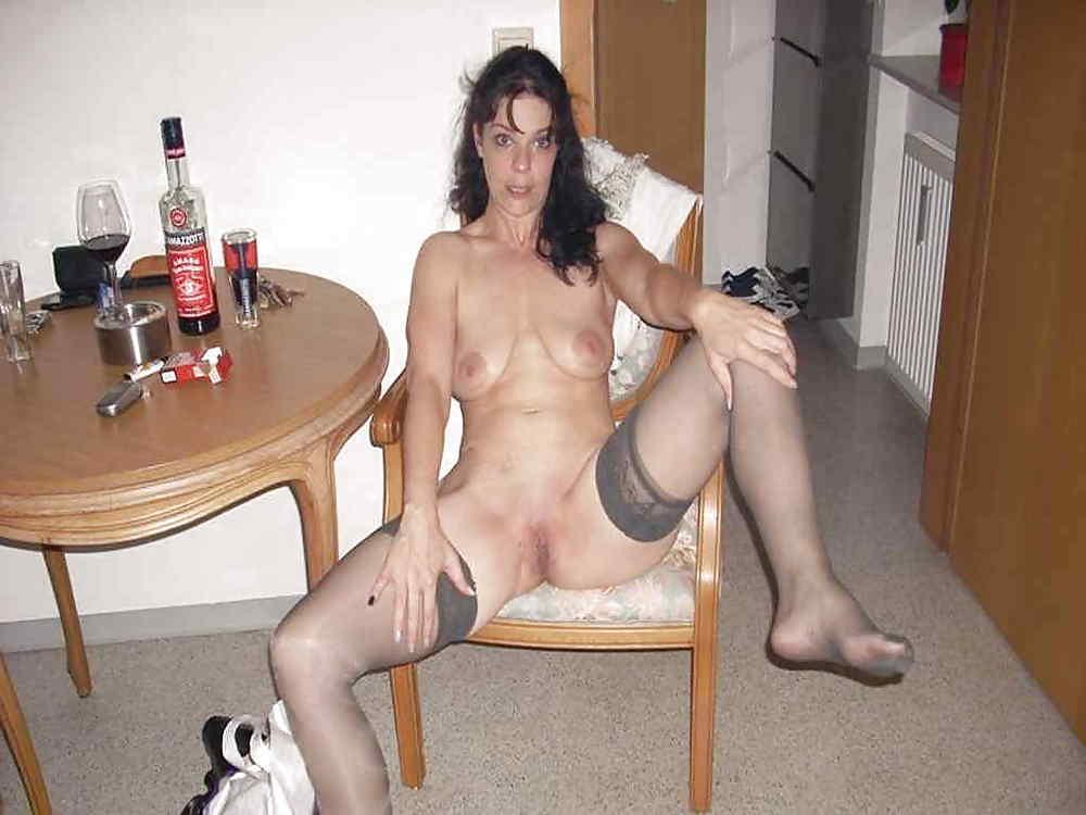 Drunk milf slut naked