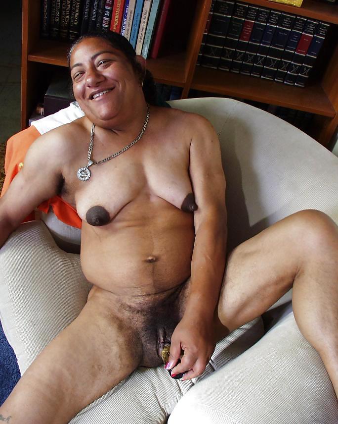 dzheyn-klement-pornuha-s-urodami-foto-anal-tolstoy-zavarka