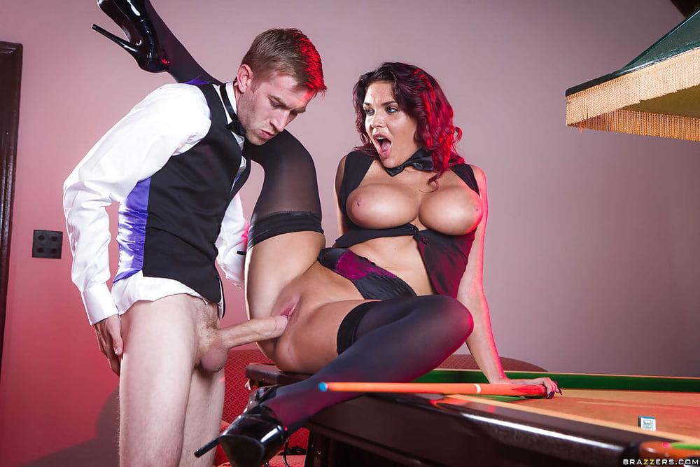 Big booty brunette porn-9175