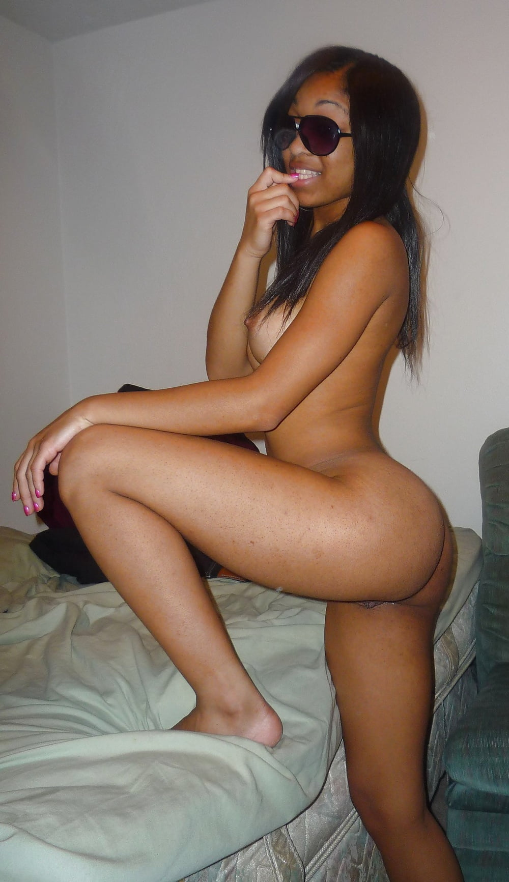 Free online adult nude web chat