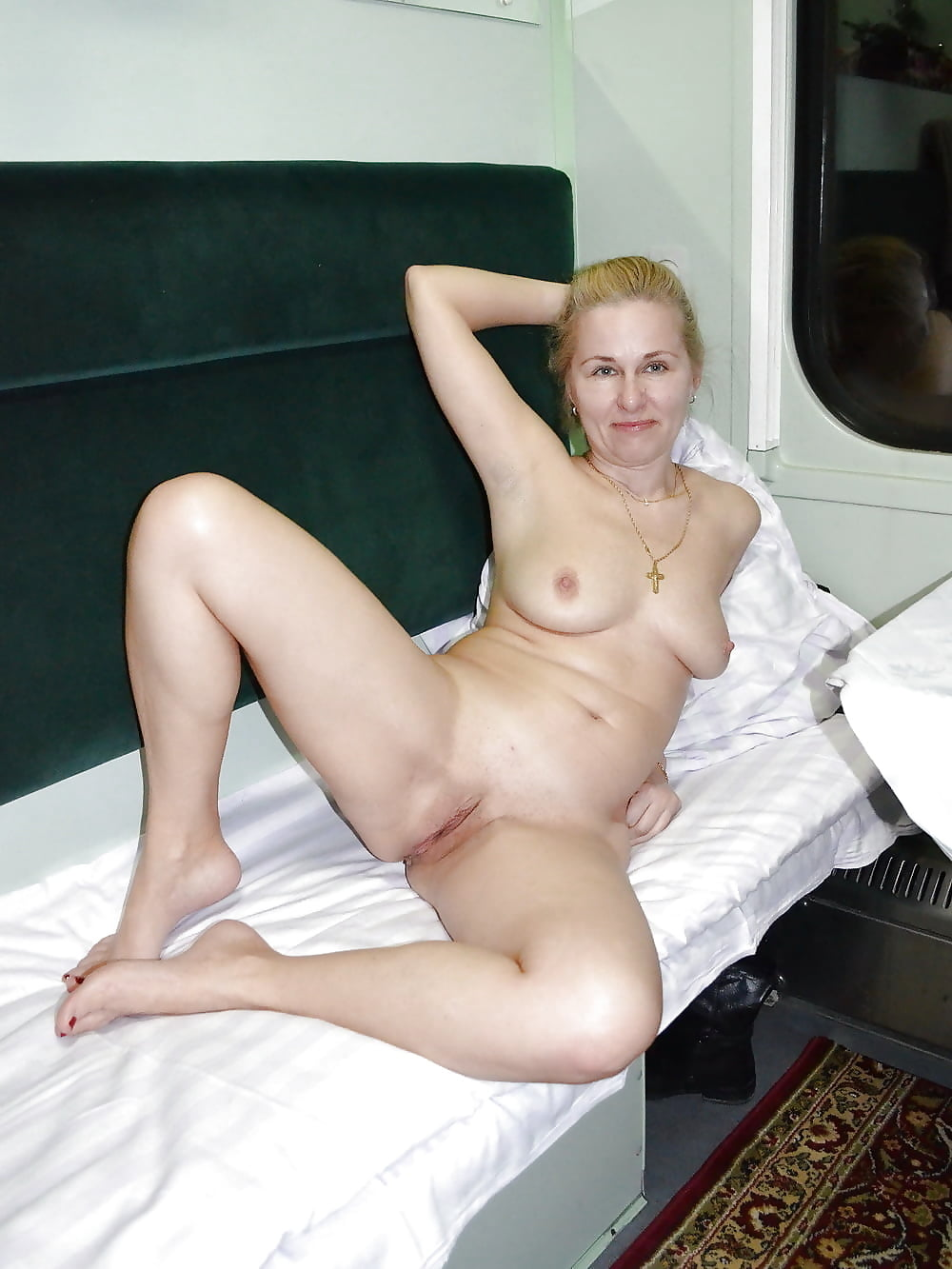 sexy-amateur-mature-newbe-hot-clothes-for-girls