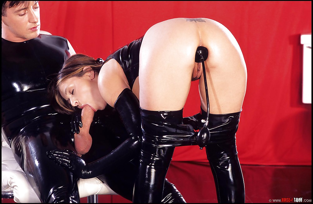 Hot blonde in latex fucked in pussy and ass