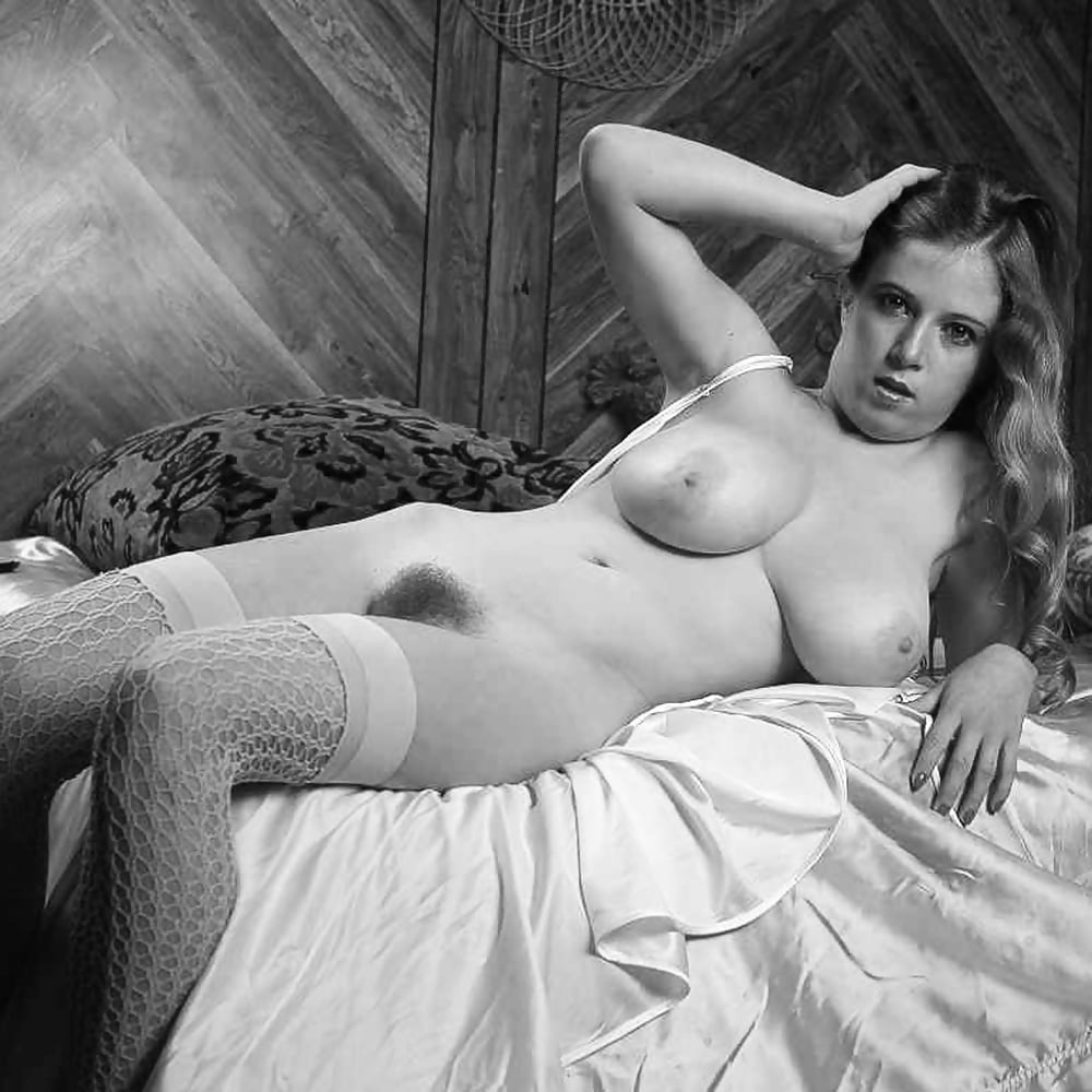 Latin vintage nude pictures — pic 8