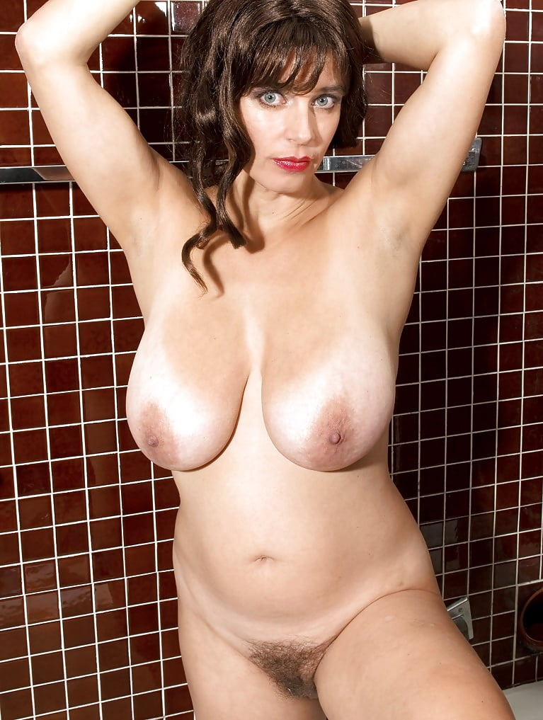 Tina Lee's Bikini Bonus