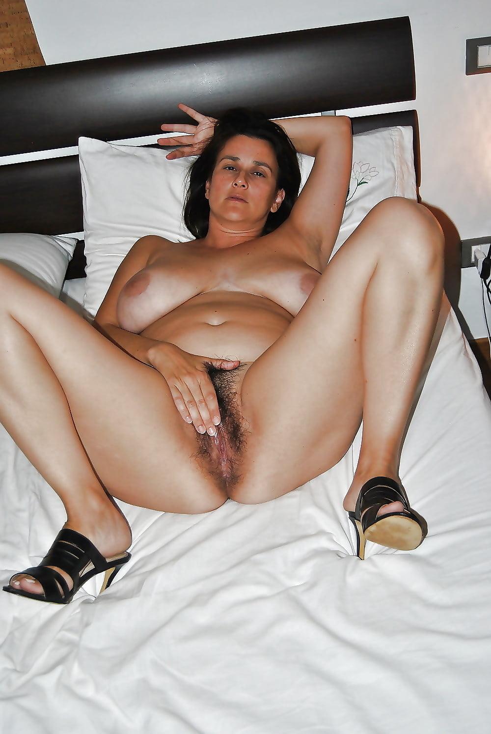 Italian mature slutty women