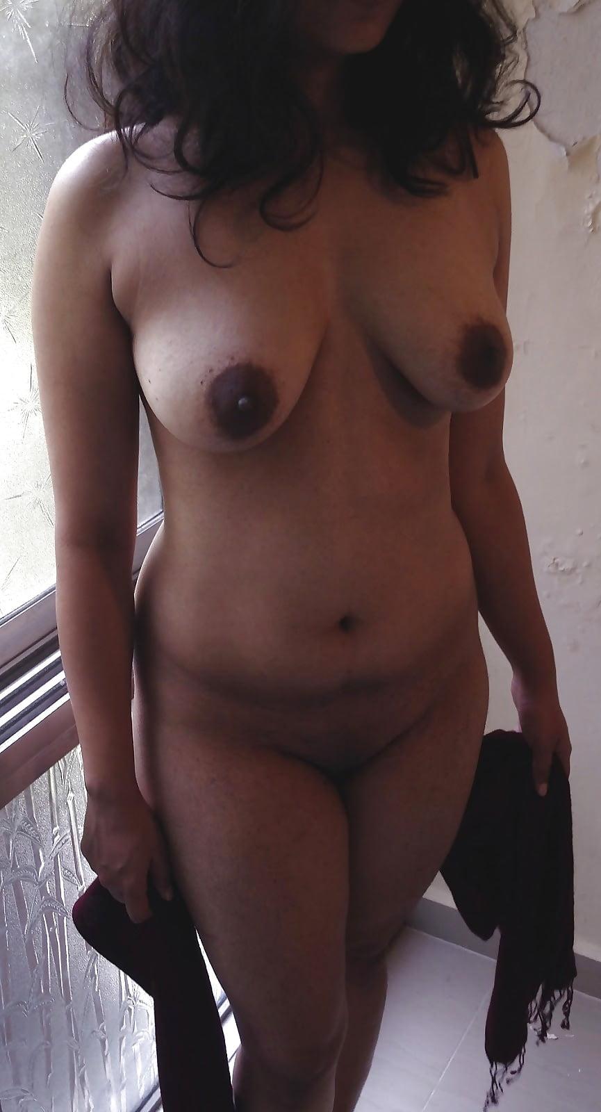 auntie-nude-gif