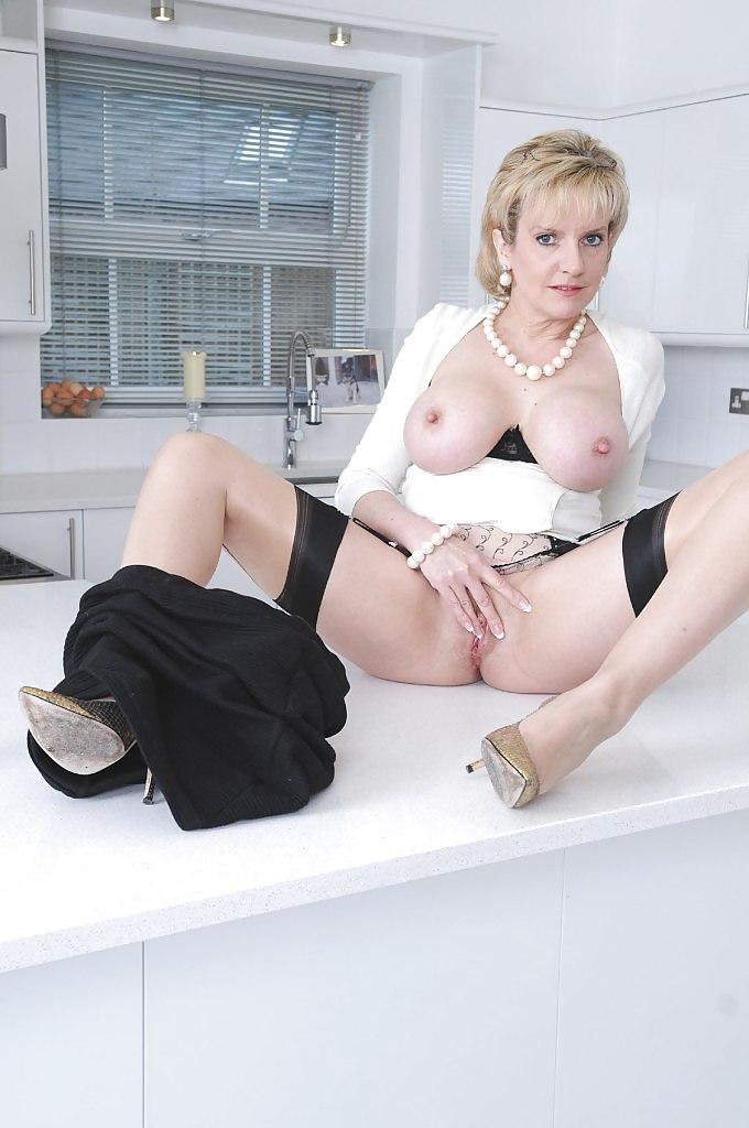 Sexy youn lesbian milf asian