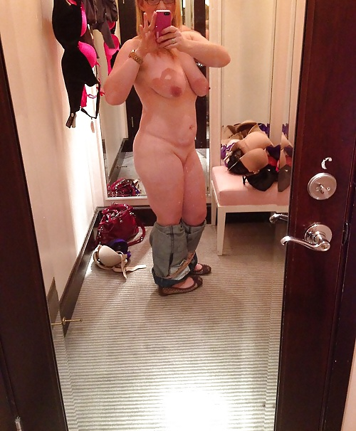 Milf dressing room panties — photo 13