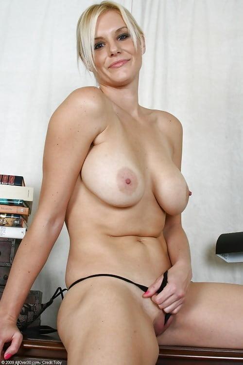 Hot sexy women masturbating-9815