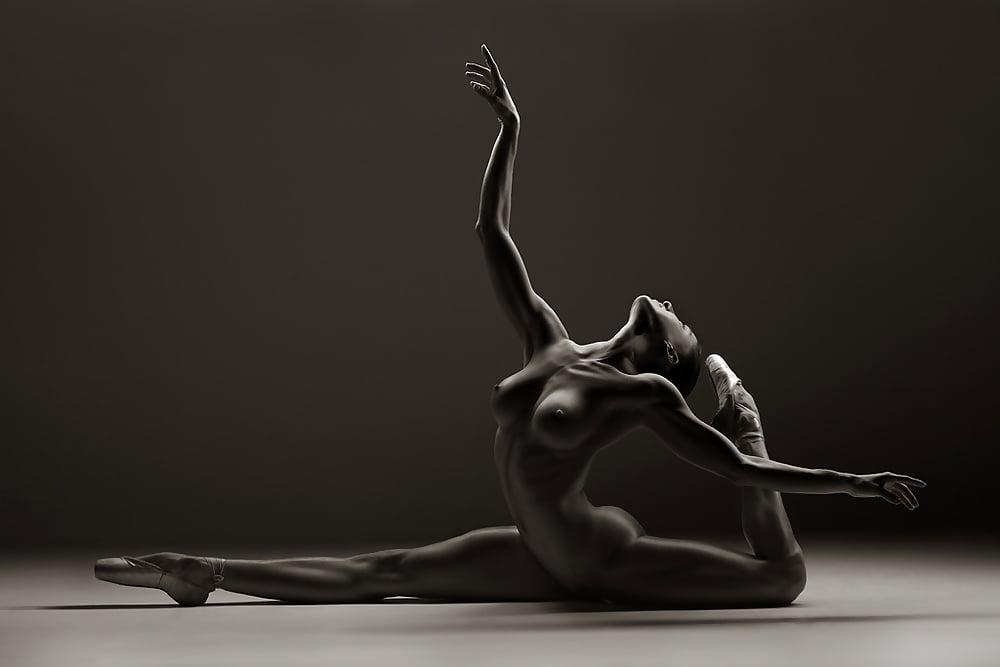 астрахани эротика женская гимнастика что-именно