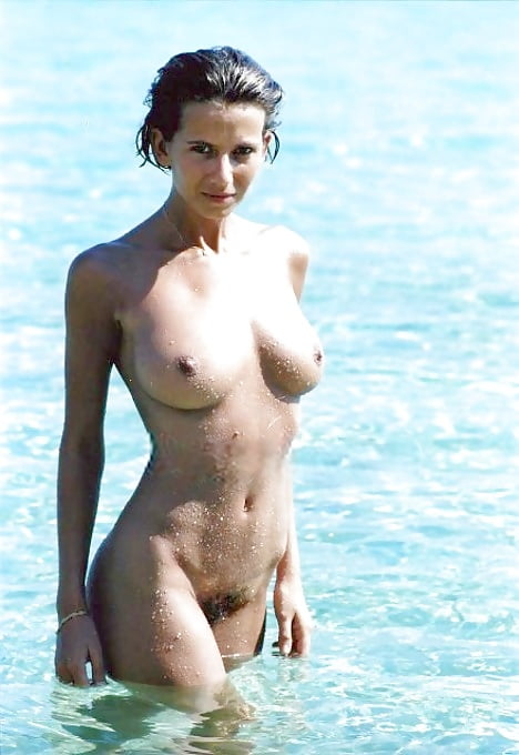 Nude fiona dolman Fiona Dolman