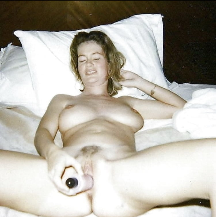 Hot mature wife (send photos of your wives)
