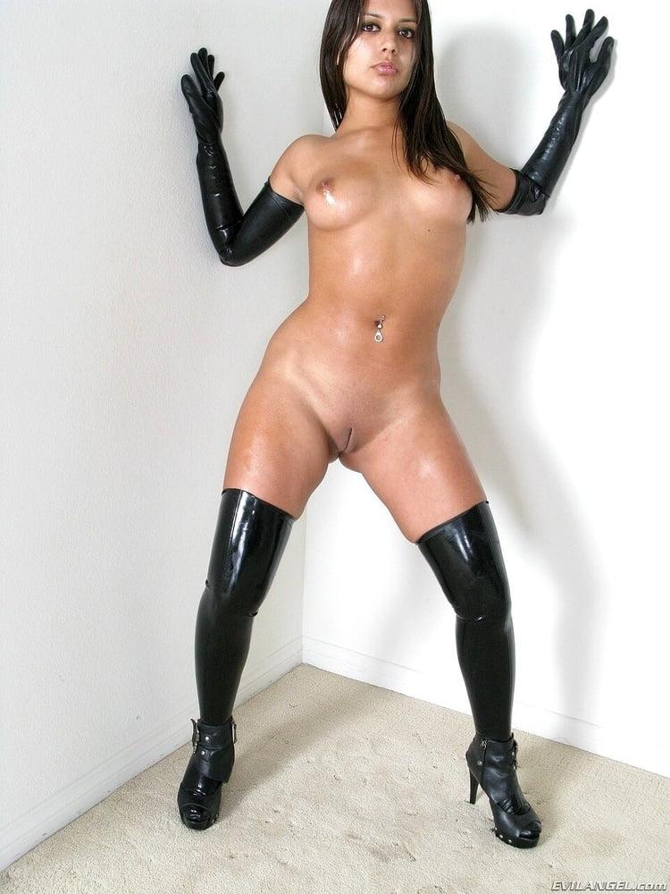 Sexy LATEX & PVC 26