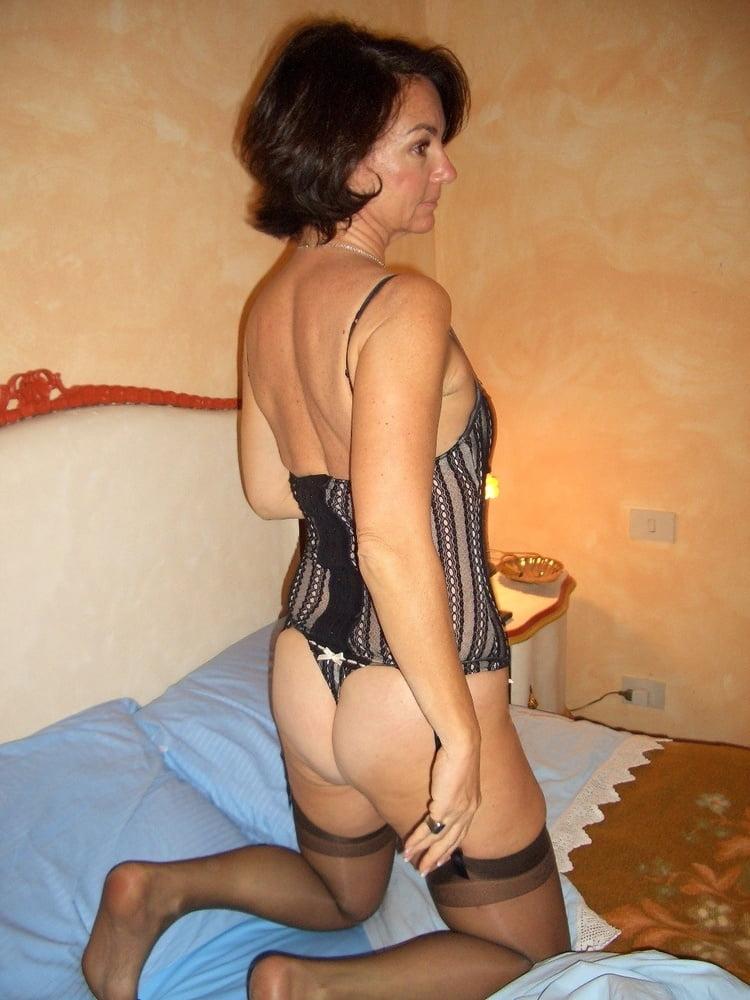 Зрелые проститутки на большевиков спб — 6