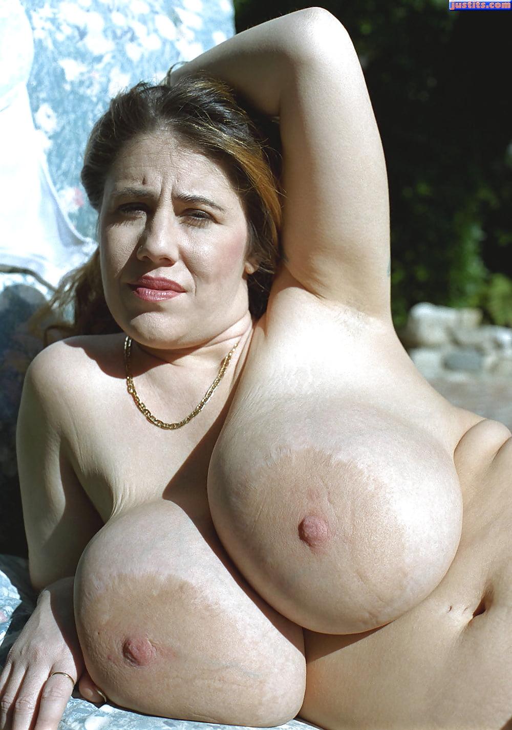 scam-mature-huge-natural-monster-tits